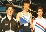 Dennis Hartung (Mitte) bei der Siegerehrung.   Foto: Kathrin Welzel